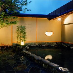 富士山溶岩露天浴池