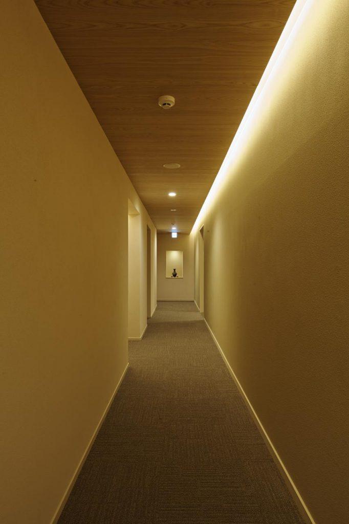 本館走廊 / 京都松榮旅館