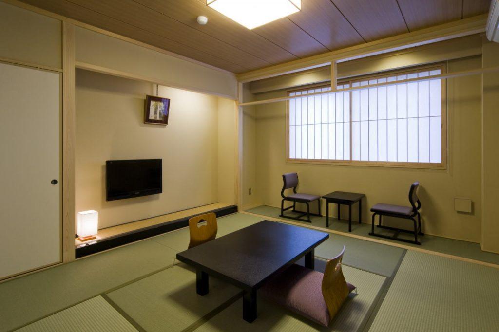 新館8榻榻米房 / 京都松榮旅館