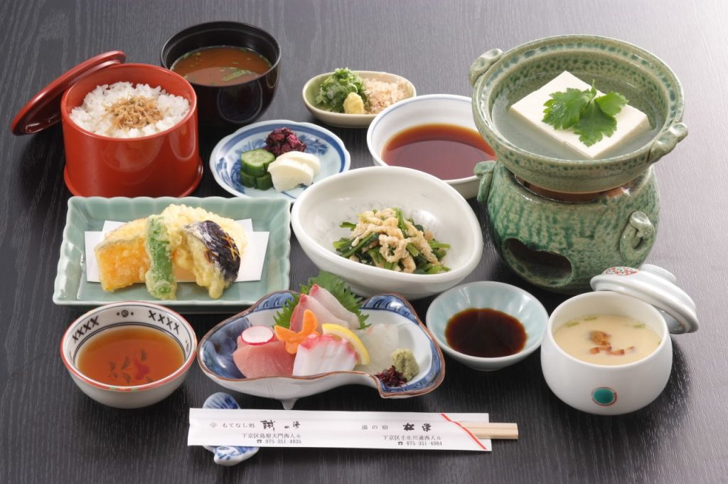 湯豆腐膳 / 京都 旅館 松栄